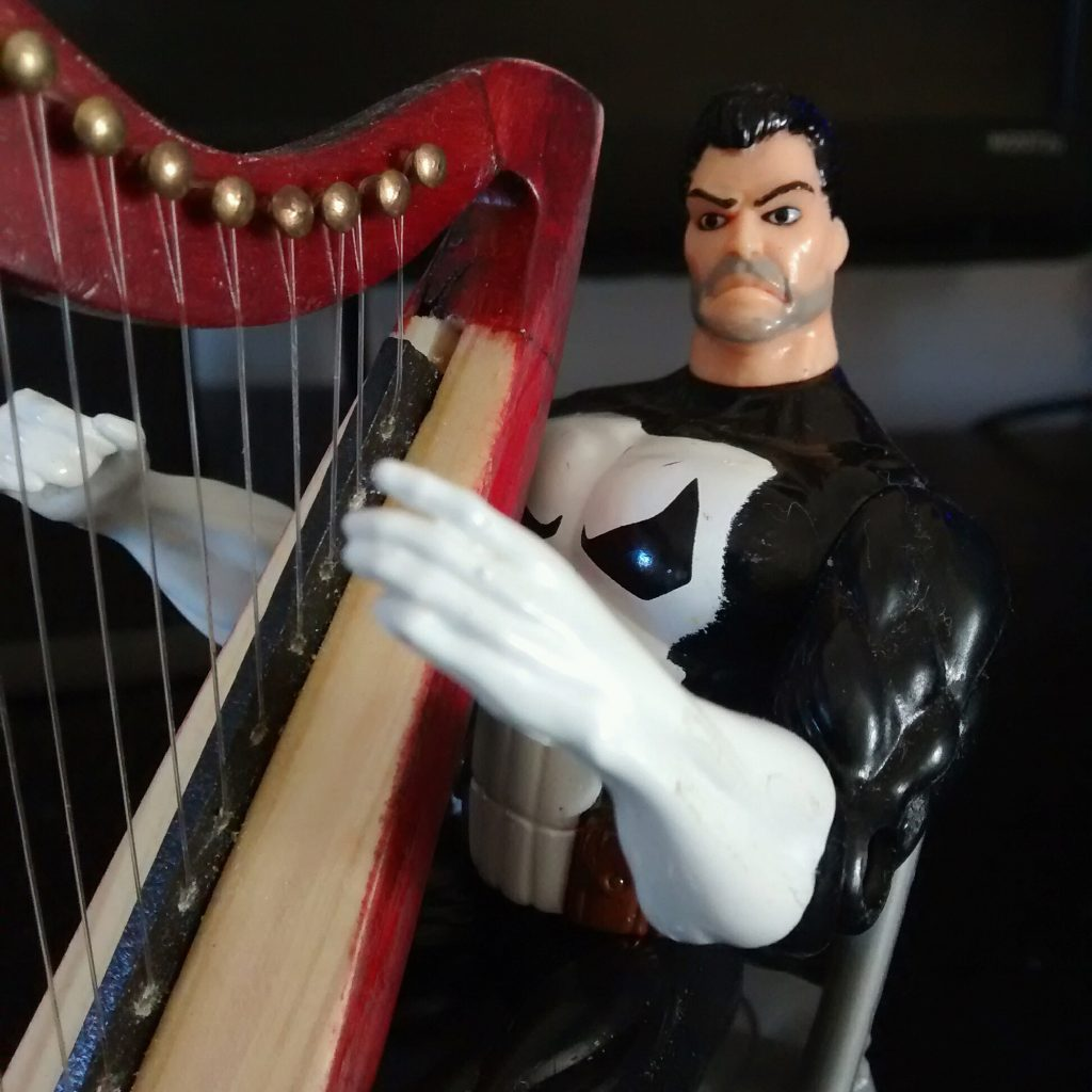 Frank Castle, The Punisher and his small harp in detail.