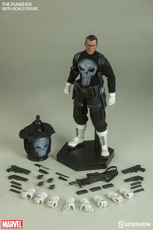 Here's what you'll get when you order him from Sideshow Collectibles.