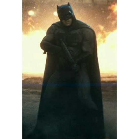 Batman using a gun in  Batman vs Superman Dawn of Justice.