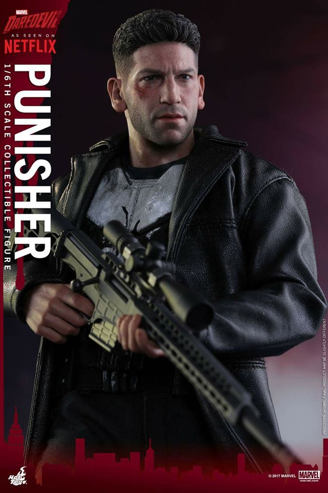 Jon Bernthal Punisher figure from Hot Toys 5